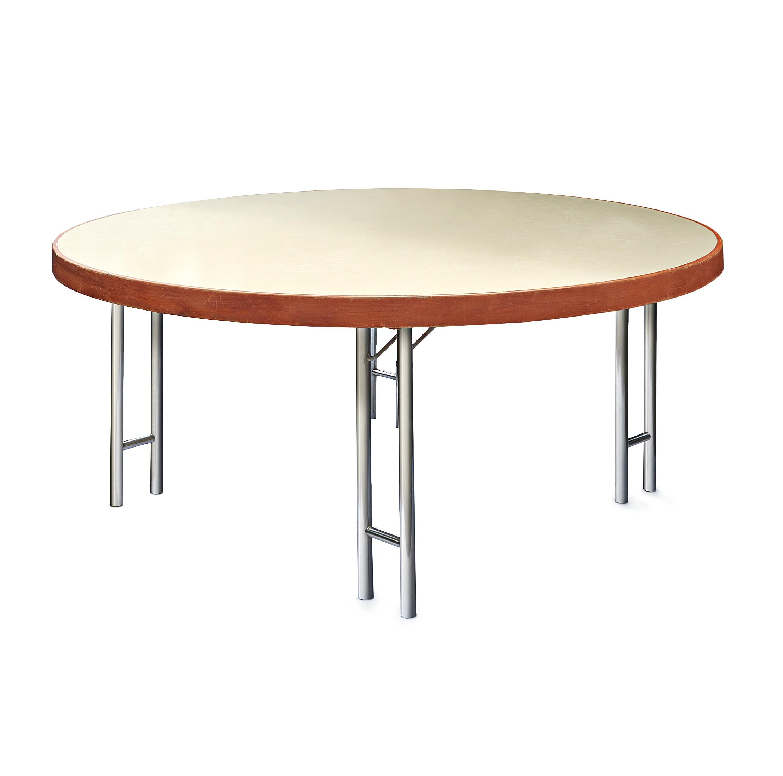 Lielo apaļo galdu noma